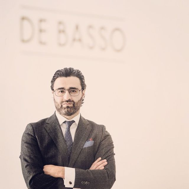 #18 De Basso